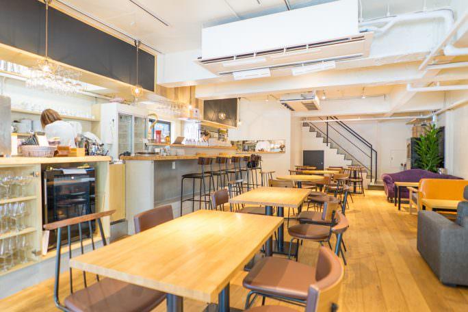 テラス席ありのカフェスペース|GOBLIN.渋谷BLDG店 -CAFE-