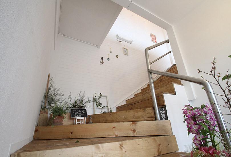 撮影にも使える階段(下から)