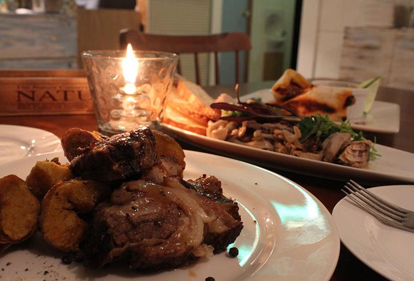 パーティー時にはお食事もご対応可能