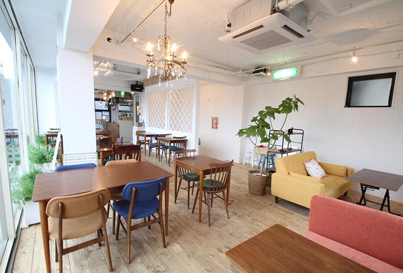 空間にマッチした家具や小物